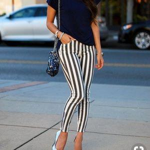 Bullhead Black White Stripe HighRise Skinny Jeans